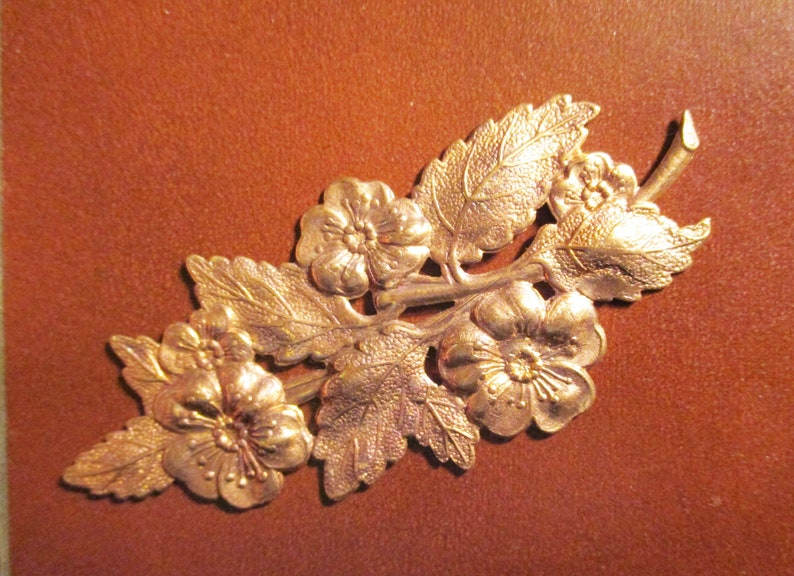 1 Pc Flowers Leaf Branch Embellishment Raw Brass Stampings Pendant Findings.