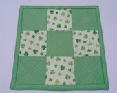 St Patrick's Day Mug Rug, Quilted  Mug Mat, Irish Shamrock Mug Rug, Shamrock Quilted Coaster, St Patrick's Day Decor, Quilted Candle Mat