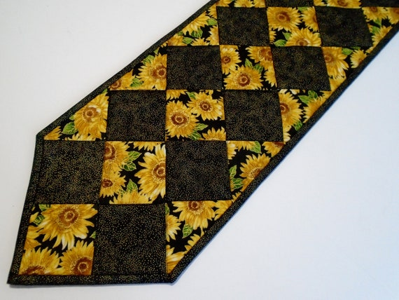 Elegant Sunflower Quilted Table Runner Fall Sunflower Table | Etsy