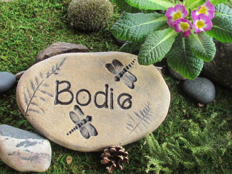 Personalized Garden Stones Rustic Home Decor Natural Style Custom Ceramic Art With Impressions Of Animals Butterflies Birds