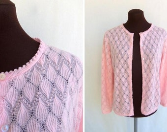 5f7549e867 Vintage 50s 60s Cardigan Sweater in Pastel Pink Knit Size Small Medium S   M