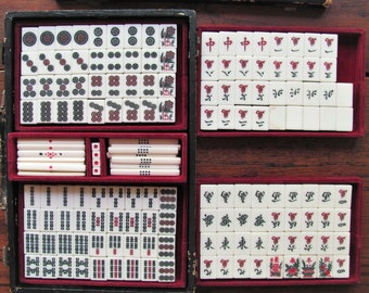 Vintage MahJong Game Mah Jong Tiles Dice Betting Sticks Mah Jongg Travel Set Case Game Pieces Bamboo Counting Sticks Jewelry Art Supplies