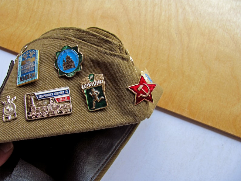 3381ade7b67 Vintage Russian Military Hat Pilotka Soviet Red Army Pins