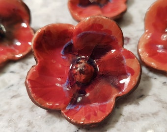 red poppy brooch pin pottery ceramic flower jewely remembrance day poppy