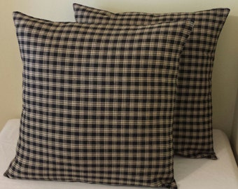 2 homespun pillow shams black beige primitive plaid country covers cushions 16x16 throw cottage 16 x 16