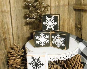 Rustic Wood Snowflake Blocks Set of 3, Rustic Christimas Decor, Farmhouse Christmas, Christmas Tray Decor
