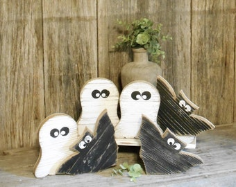 Small Wood Ghost or Bat, Rustic Halloween Decor, Tiered Tray Ghost, Tiered Tray Bat, Fall Table Top Decor, Fall Tray Decor