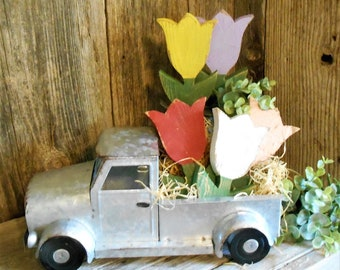 Small Wood Tulip, Spring Tiered Tray Decor, Wood Flower, Bowl Filler