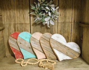Reclaimed Wood Heart, Pallet Heart, Farmhouse Decor, Rustic Porch Decor, Wood Heart, Wall Heart, Nursery Decor, Beach Decor, Rustic Heart