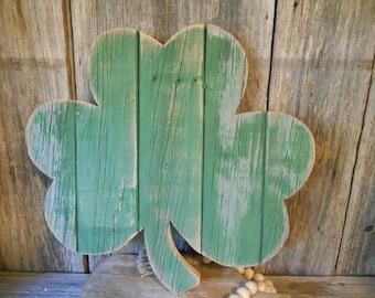 Rustic Hanging Shamrock, St. Patrick's Day Decor, Pallet Shamrock, Rustic Porch Decor, Rustic Holiday Decor