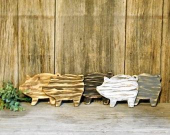 Distressed Decorative Wood Mini Pig Cutting Board, Farmhouse Kitchen, Pig Decor, Farmhouse Decor
