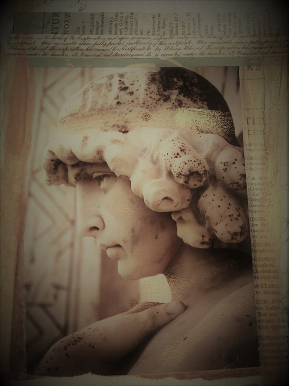 "Angel/Goddess Statue Portrait (5"" x 7"" photographic greeting card - blank inside/with envelope)"