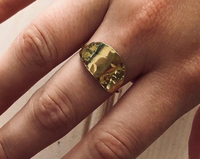 Semilunar Ring