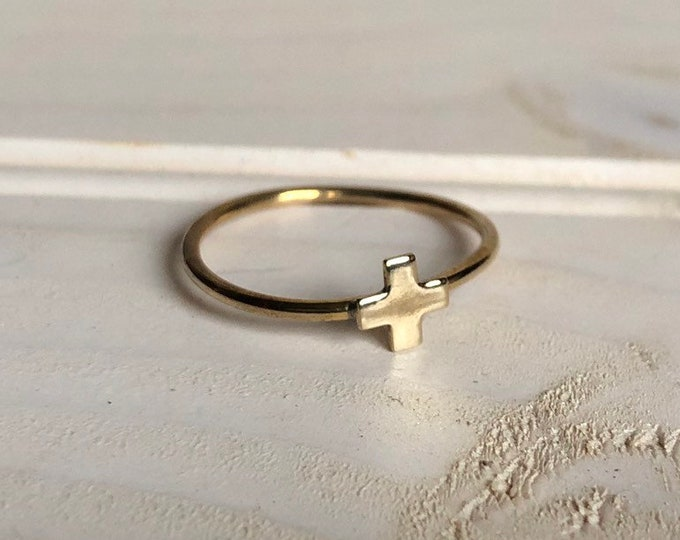 Plus Ring
