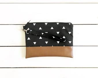 Black Triangle Mommy Clutch - Wallet Clutch - Small handbag - Black Wristlet - Wallet Clutch - Graphic Print Trianglew