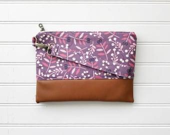 SPRING '18 COLLECTION Mauve Mommy Clutch - Wallet Clutch - Small handbag - Purple Wristlet - Wallet Clutch