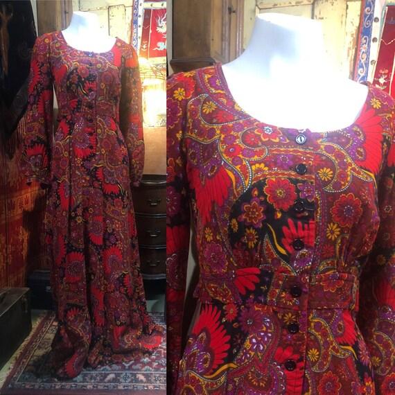 Vintage maxi dress groovy 1970s