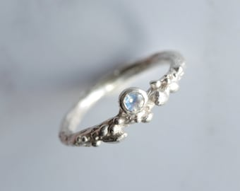 Moonstone ring - sterling silver - silver twig ring -  lichen ring - silver moonstone ring