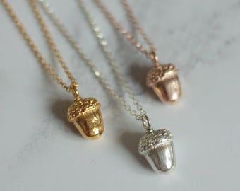 Gold acorn necklace - Acorn necklace - Acorn pendant - Woodland jewellery