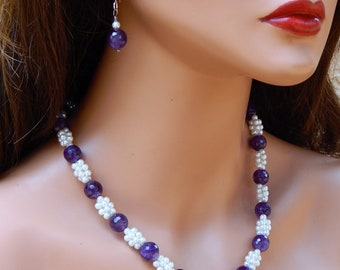 Amethyst and Pearl Necklace and earrings, Amethyst pearl jewelry, purple gemstone pearl necklace with earrings, amethyst beaded necklace