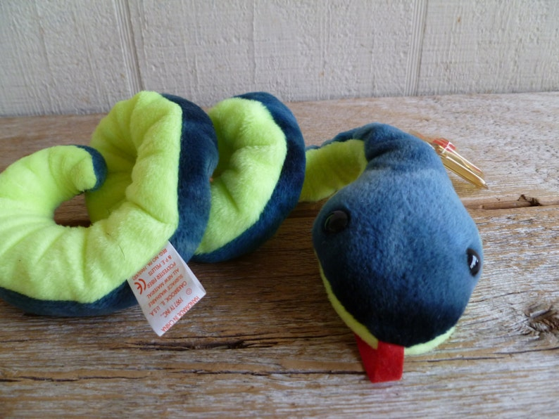 a99318deb1b Rare TY Beanie Baby Hissy Snake With Tags