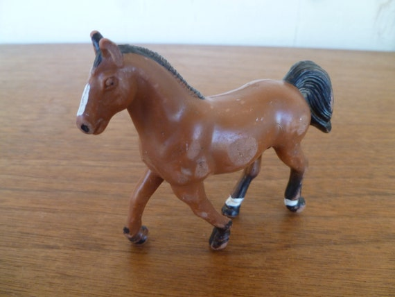 Simba Toys White and Brown with Black Mane and Champion Beauty Horse with Foal