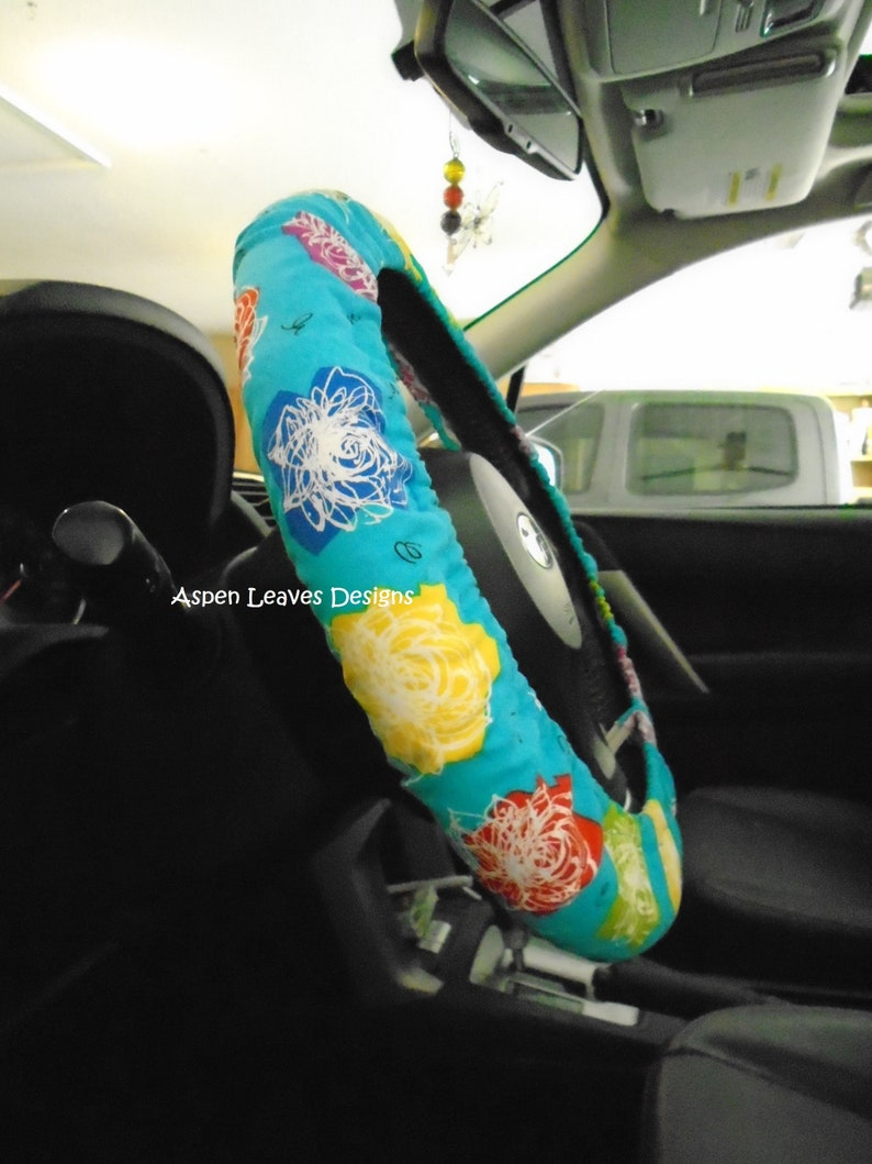 Etched roses steering wheel cover.  Fully lined. Colorful image 0