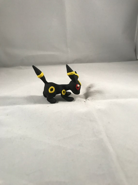 Umbreon Crouching Sculpture | Etsy