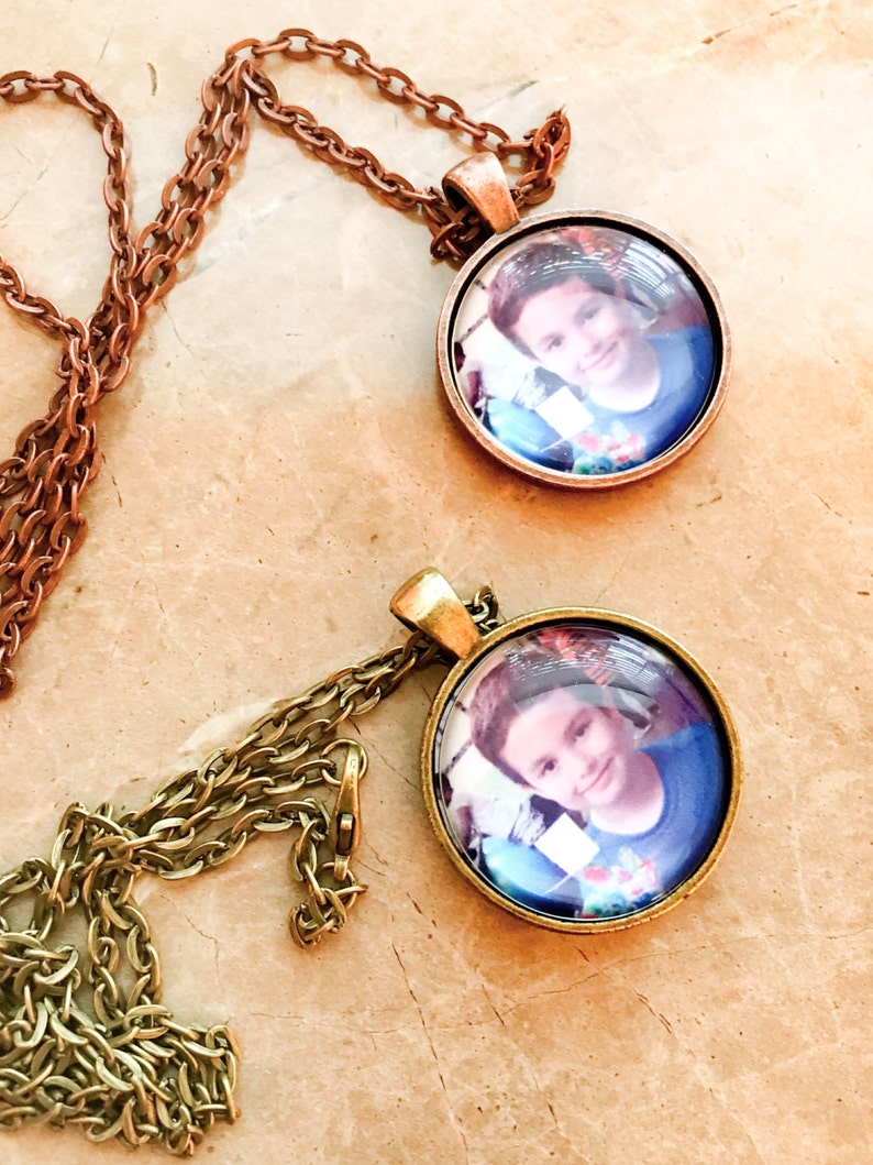 Personalized Photo Pendant Picture Pendant Personalize Picture Necklace Round Copper Photo Necklace with 24 chain
