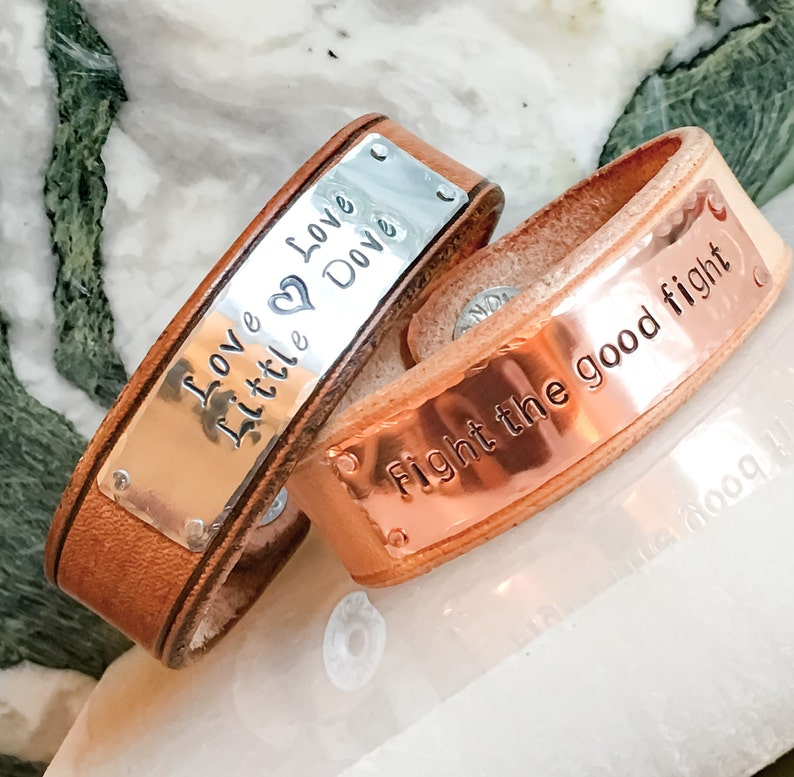 Personalized leather cuff bracelet Custom metal stamped Leather cuff Poem Mantra Memorial Bracelet Cuff Invisible Rivet Custom Leather Cuff