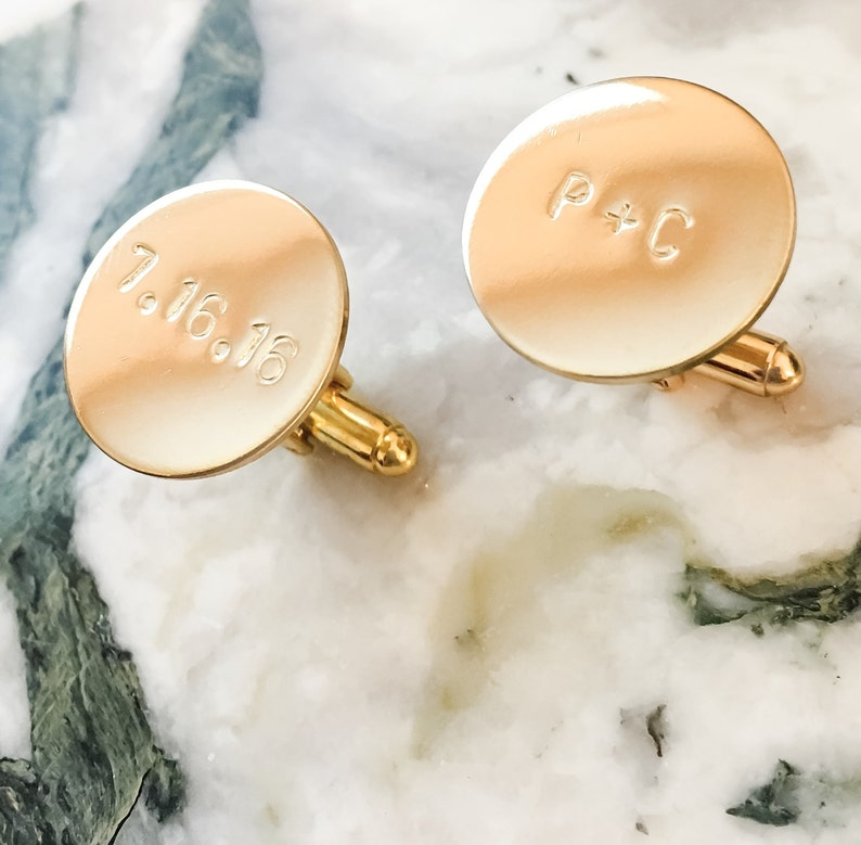 Men With Style Groomsmen Gift Father of Groom Monogram Wedding Groom Custom Cuff links Personalized Cuff Links Gold Silver Copper