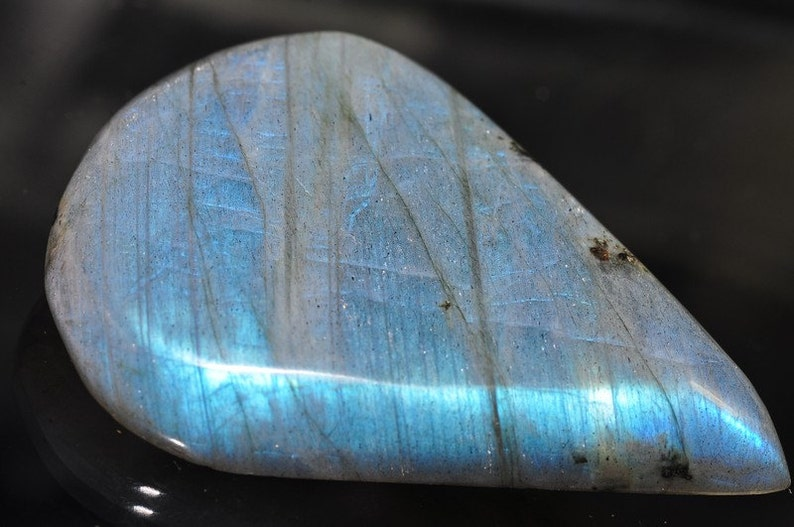 L0788 35x49mm Luminescent-Fiery Blue LABRADORITE SPECTROLITE XL High-Domed Designer-Cut Cabochon Pendant
