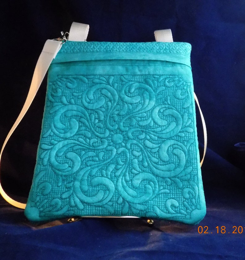 Quilted / Embroidered 8 x 10 Shoulder-Strap image 0