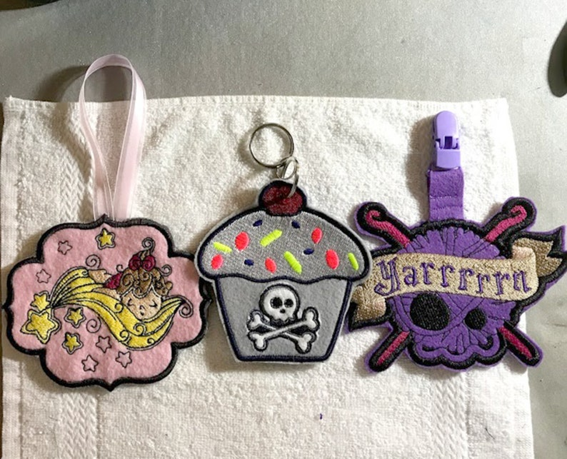 Custom Key Fobs  Purse Luggage Backpack Charms  great image 0