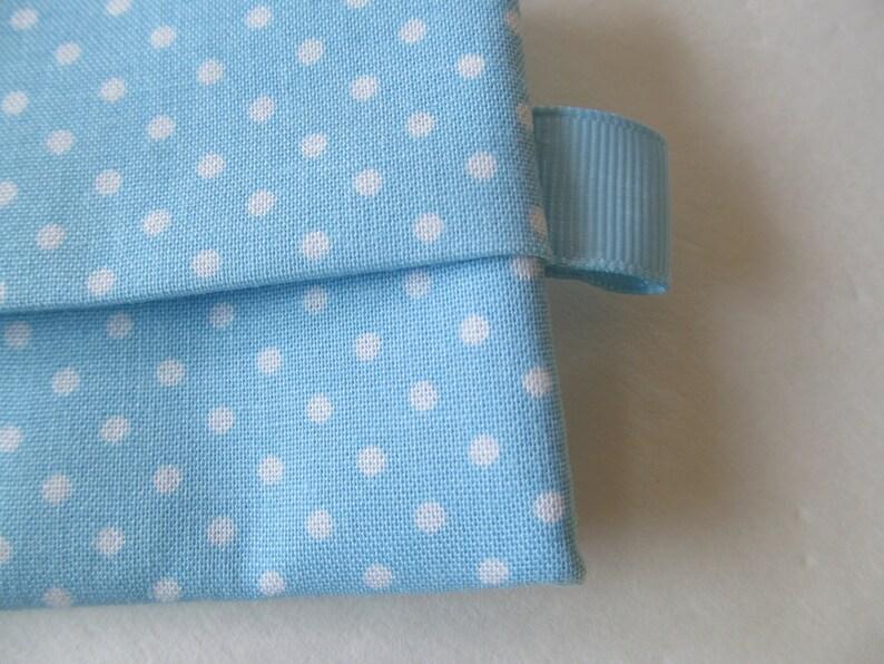 Tissue CaseWhite Dot On Pale Blue