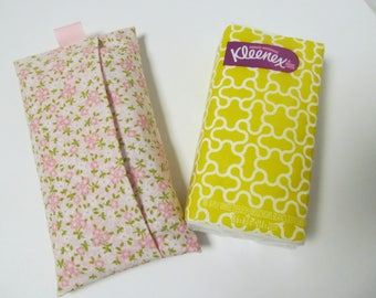 Tissue Case/Pale Pink Flower