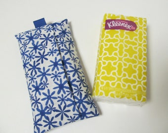 Tissue Case/Blue Flower