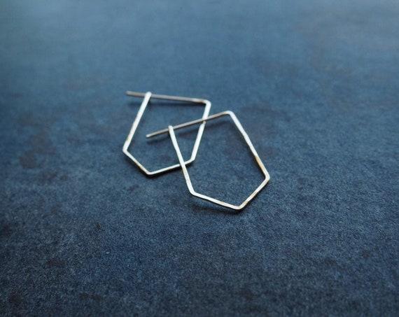 Pointed Loops