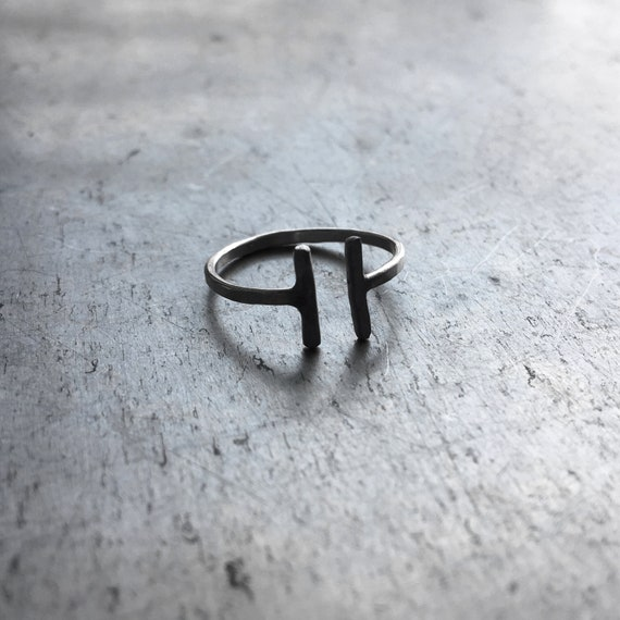Double T-Bar Ring