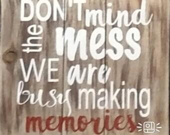 Reclaimed pallet wood sign - Making Memories