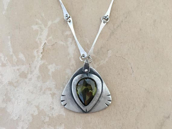 Dragons Eye Pendant, Handmade Chain, Green Stone Necklace