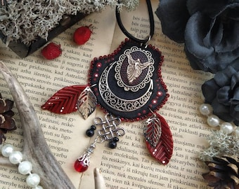 Gothic Witchy pendant, autumn necklace, gothic necklace, leaves necklace, dark fairy pendant, elven necklace, red pendant, Halloween party