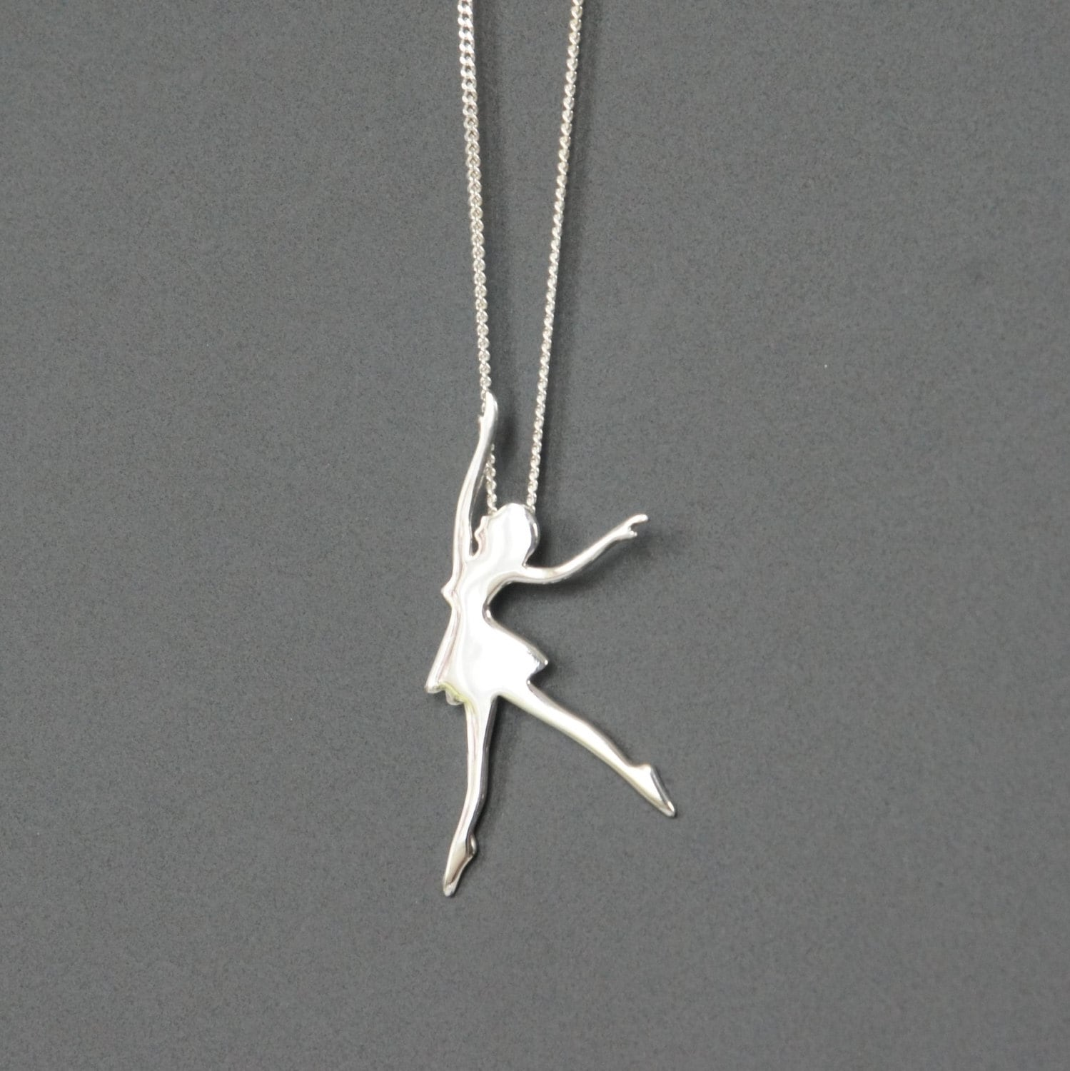 Vintage 925 Sterling Chain Ballerina Pendant Necklace Moving Pendant Made in Italy Gift for Her Gift for Girl Birthday Costume Jewelry