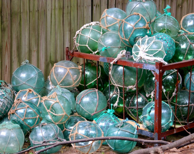 Vintage Glass Fishing Float W/ Netting, Fisherman Marine, Roped Buoy,vintage Costal Nautical Decor,glass Ball Sphere Orb,beach Oranament