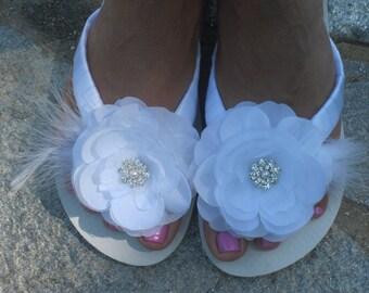 Bridal Flip Flops.Wedding Flip Flops Wedding Shoes Bride Shoes Bridesmaid Shoes White Sandals Reception Flip Flops