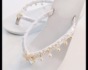 Wedding Flip Flops Wedding Shoes Bride Shoes Wedges  Bride Flip Flops Wedding Sandals Beach Wedding Shoes Bridesmaid shoes