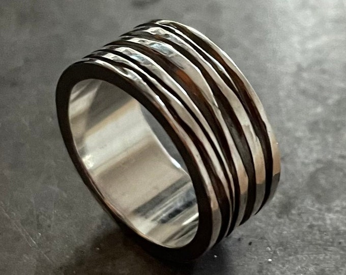 Size 9-1/2 Ribbon Style Hand Carved Silver Ring