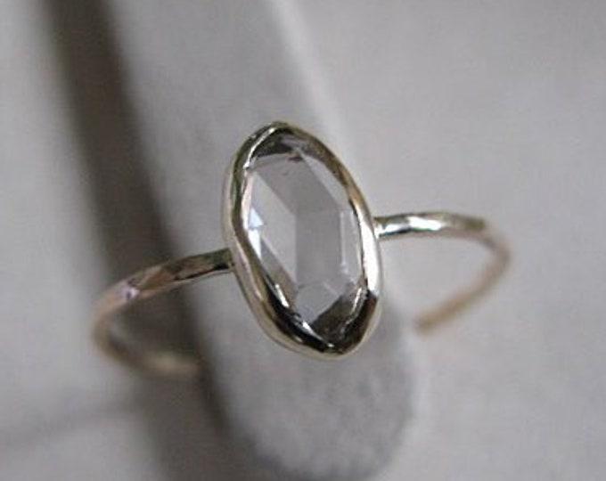 Zircon Ring 18K Gold Band Size 6 3/4