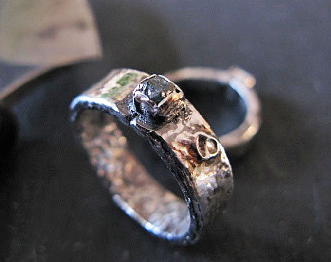 Silver Molten Moon Ring Blue Diamond Rough Diamond Ring Blue Diamond Engagement Ring Promise Ring Modern Unique Gemstone Ring Raw Diamond