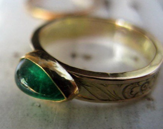 SALE Natural Emerald Ring 14K 18K Gold Size 6.75